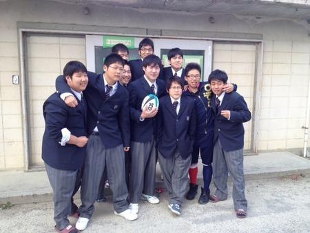 守山高等学校制服画像